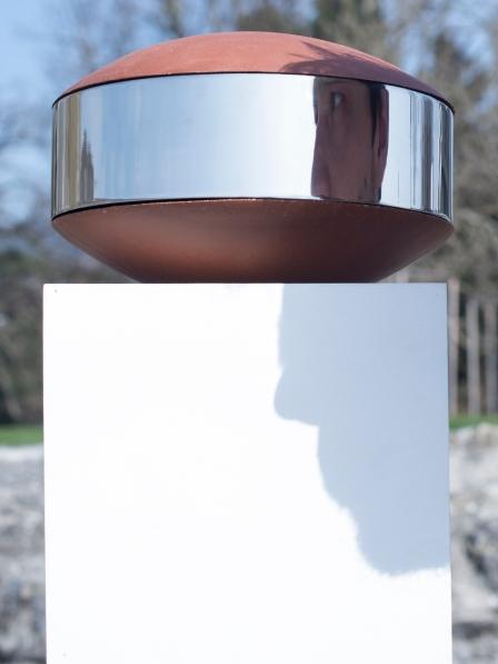 Grès klinker et acier finition poli-miroir